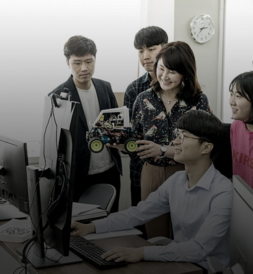 POSCO Spearheads Youth <br>Employment Support <br>through 'AI-Big Dat.. IMAGE